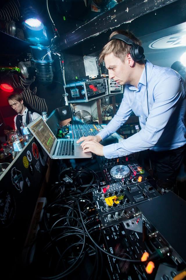 DJ DidzisKo